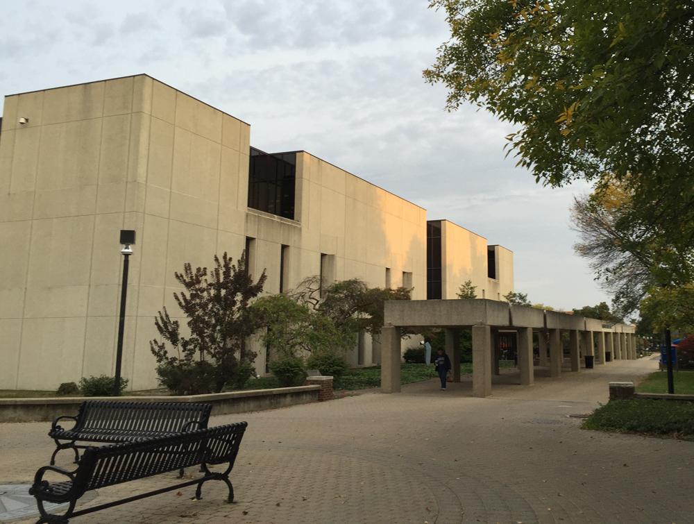 Cunningham Memorial Library Exterior